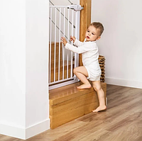 Захисна огорожа універсальна для дітей від падіння з драбини біла Безпечний будинок BabyOno Біла