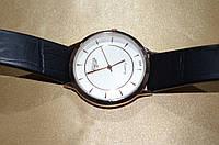 Мужские часы на ремешке