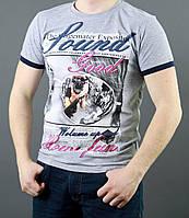 Стильная футболка с красивым рисунком