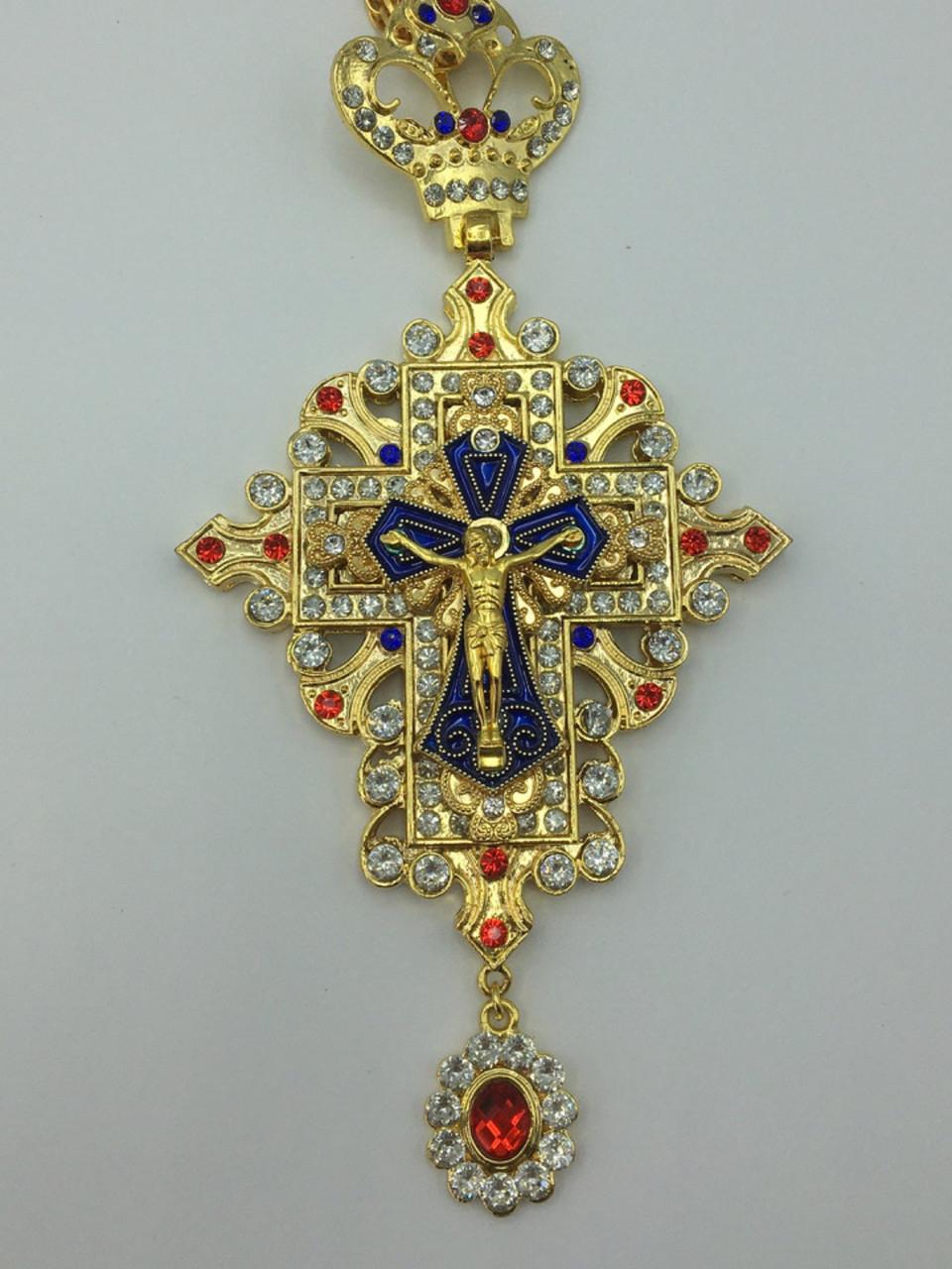 Наперсный крест  обрамленный камнями