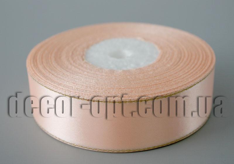 Стрічка атласна персикова з люрексом 2,50 см 36 ярд
