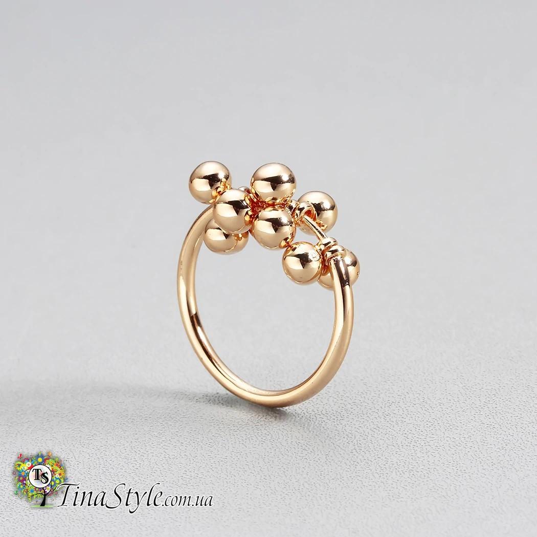 Стильное женское кольцо с шариками  колечко цвет золото позолота 18 К тренд  года