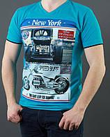 Яркая молодежная футболка на лето