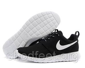Женские кроссовки Nike Roshe Run Black/White