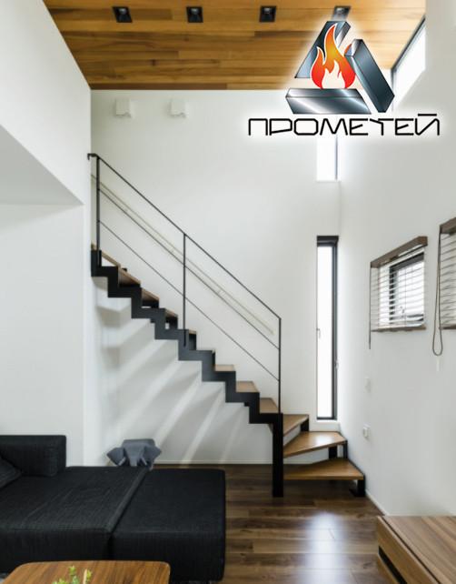 Г-образная металлическая лестница на ломаном косоуре - просчет стоимости, изготовление и монтаж