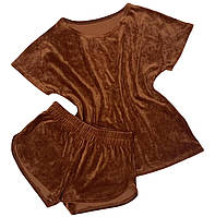 Велюровий костюм, шорти і футболка бежеві