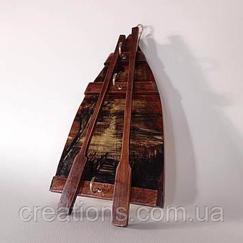 Ключница деревянная настенная лодочка с живописью на 3 ключа