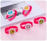 Детский браслет-часы от комаров Bikit Monster Корея