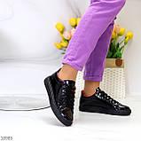 Женские кроссовки черные с красным эко лак, фото 4