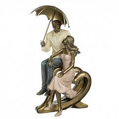 Статуэтка Влюбленная пара под зонтом