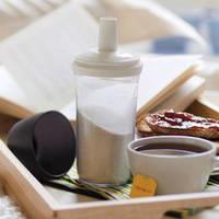 Сахарница-дозатор из экополимера дозирует сахар чайными ложками.