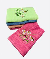 Полотенце 70х140  банное   махровое разные цвета в упаковке  узор «Ромашка» оптом от 6шт