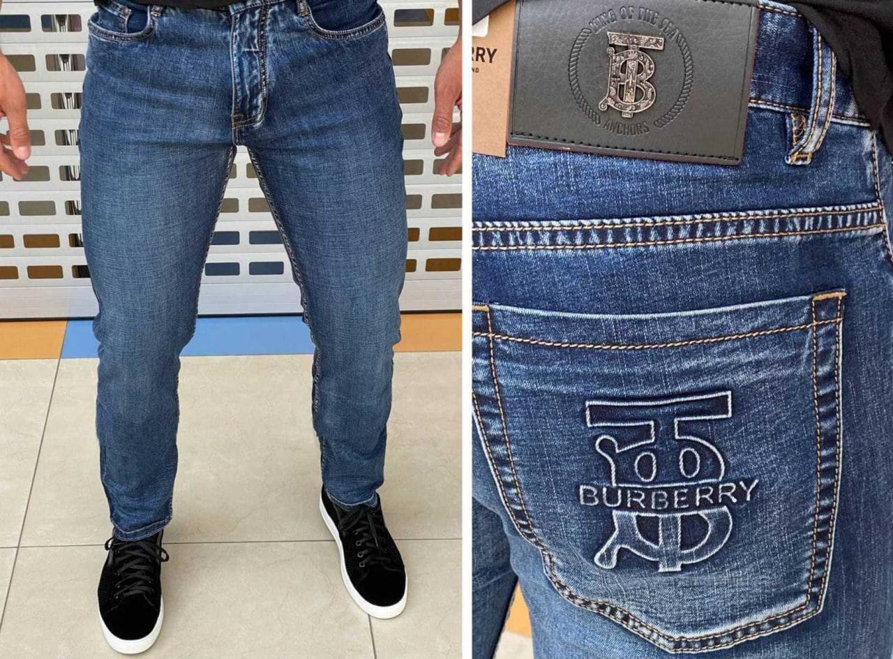 Мужские прямые джинсы. Супер качество! РАЗМЕРЫ: 30-38. Приятный к телу материал.