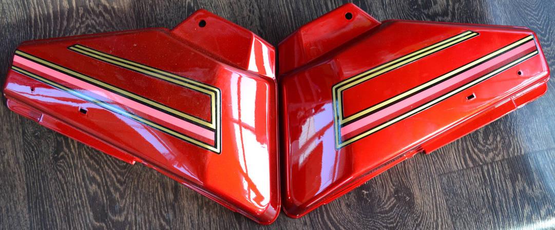 Боковая крышка Альфа (пара) красная, фото 2