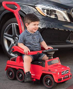 Детский электромобиль-каталка Rivertoys Mercedes-Benz шестиколесный с двумя сиденьями