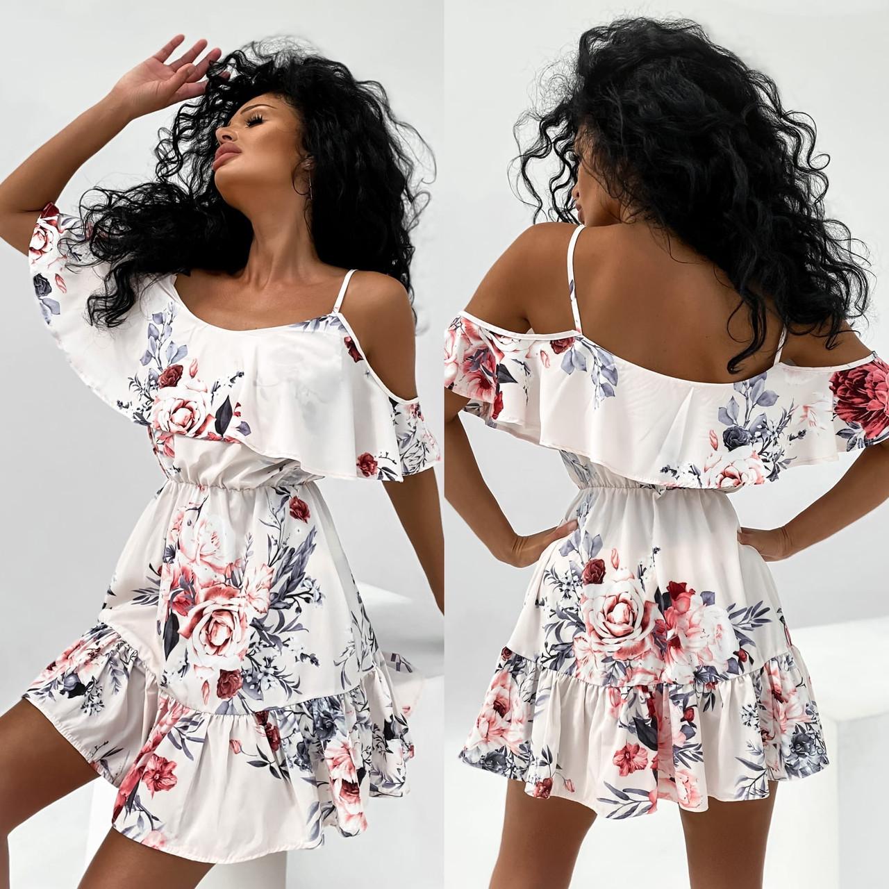 Жіноче плаття коротке з воланами, талія на резинці, відкриті плечі