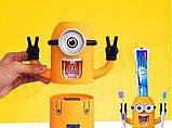 """[ОПТ] Дозатор зубної пасти """"Міньйон"""" з тримачем зубних щіток. Диспенсер для зубної пасти """"Міньйон"""", фото 2"""