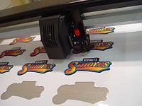 Печать на пленке оракал с контурной порезкой