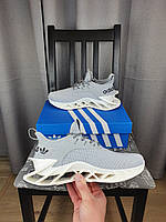 Летние кроссовки Adidas серые мужские. Кроссы на лето Адидас в сером цвете с белым. Беговые кроссовки на лето