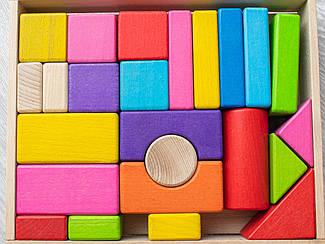 Детская деревянная игрушка. Конструктор цветной 24 детали. Эко продукт. 25х21х5см