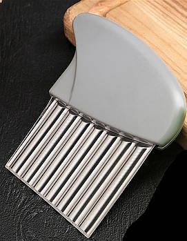 Волнистый нож из стали для резки 6888