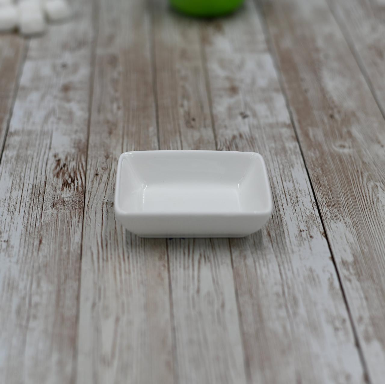 Блюдо для соевого соуса фарфор белый Wilmax 80х60 мм емкость для подачи роллов посуда для сервировки в кафе