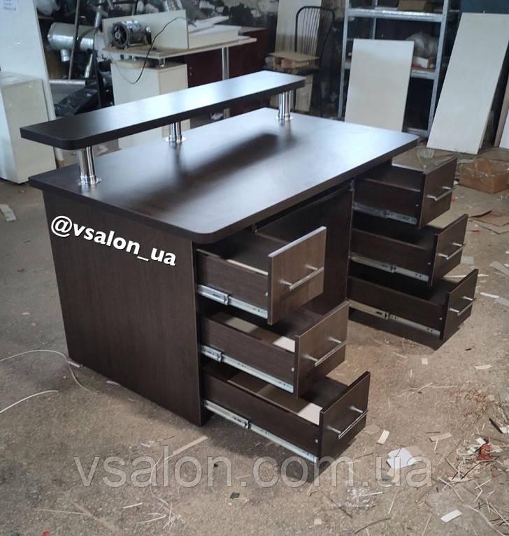Письменный стол с ящиками и полкой V606