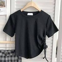 Женская футболка-топ с драпировкой и завязками сбоку