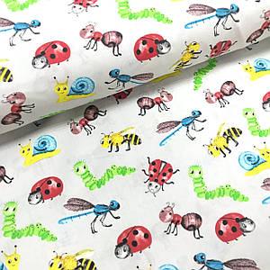 Бавовняна тканина Польська, різнокольорові комахи на сірому