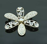 Изумительная брошь цветок с кристаллами. Украшения оптом от RRR. 379