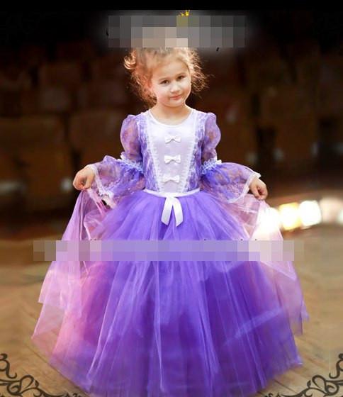 Детское красивое яркое платье с пышной юбкой