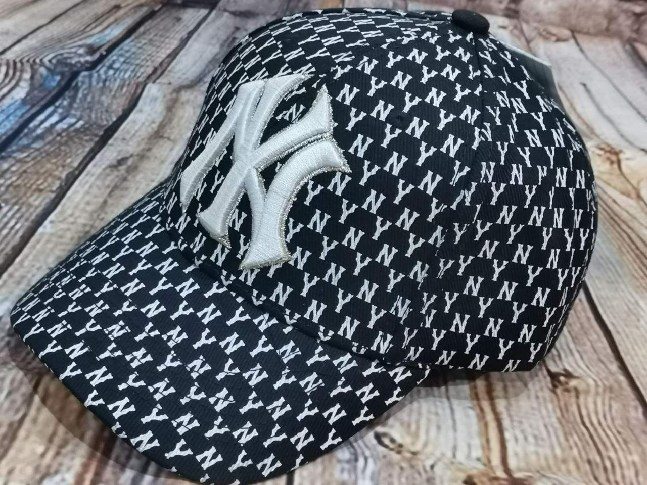 Мужская женская бейсболка кепка нью йорк черная белая