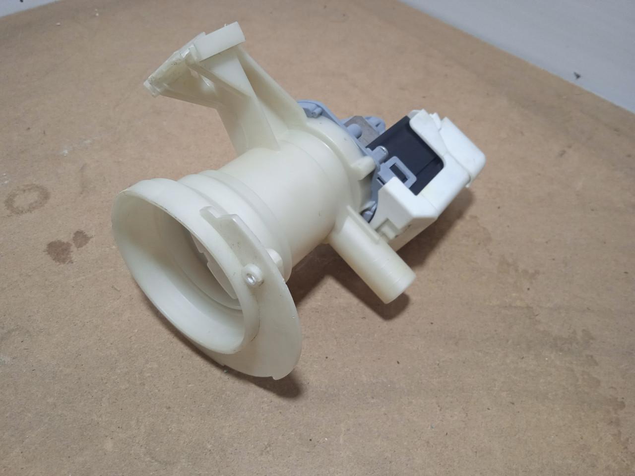 Корпус фільтра насоса з пробкою і помпою Whirlpool AWE6415 Б/У