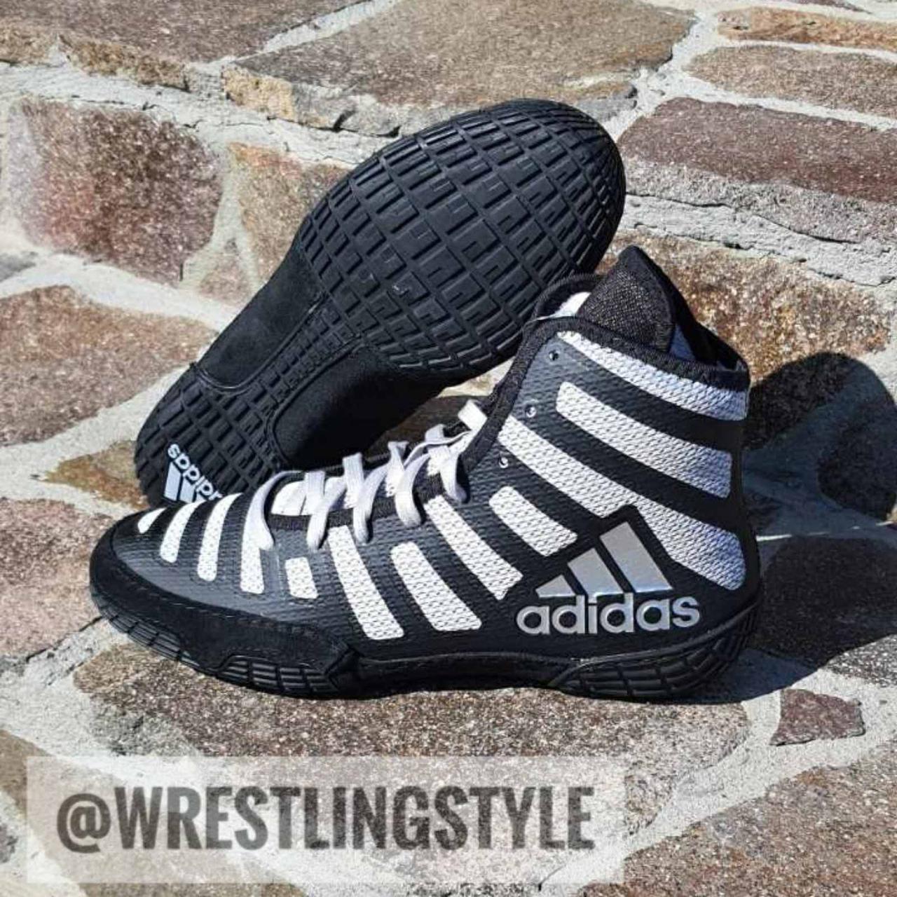 Борцовки, взуття для боксу Adidas adiZero Varner 2.