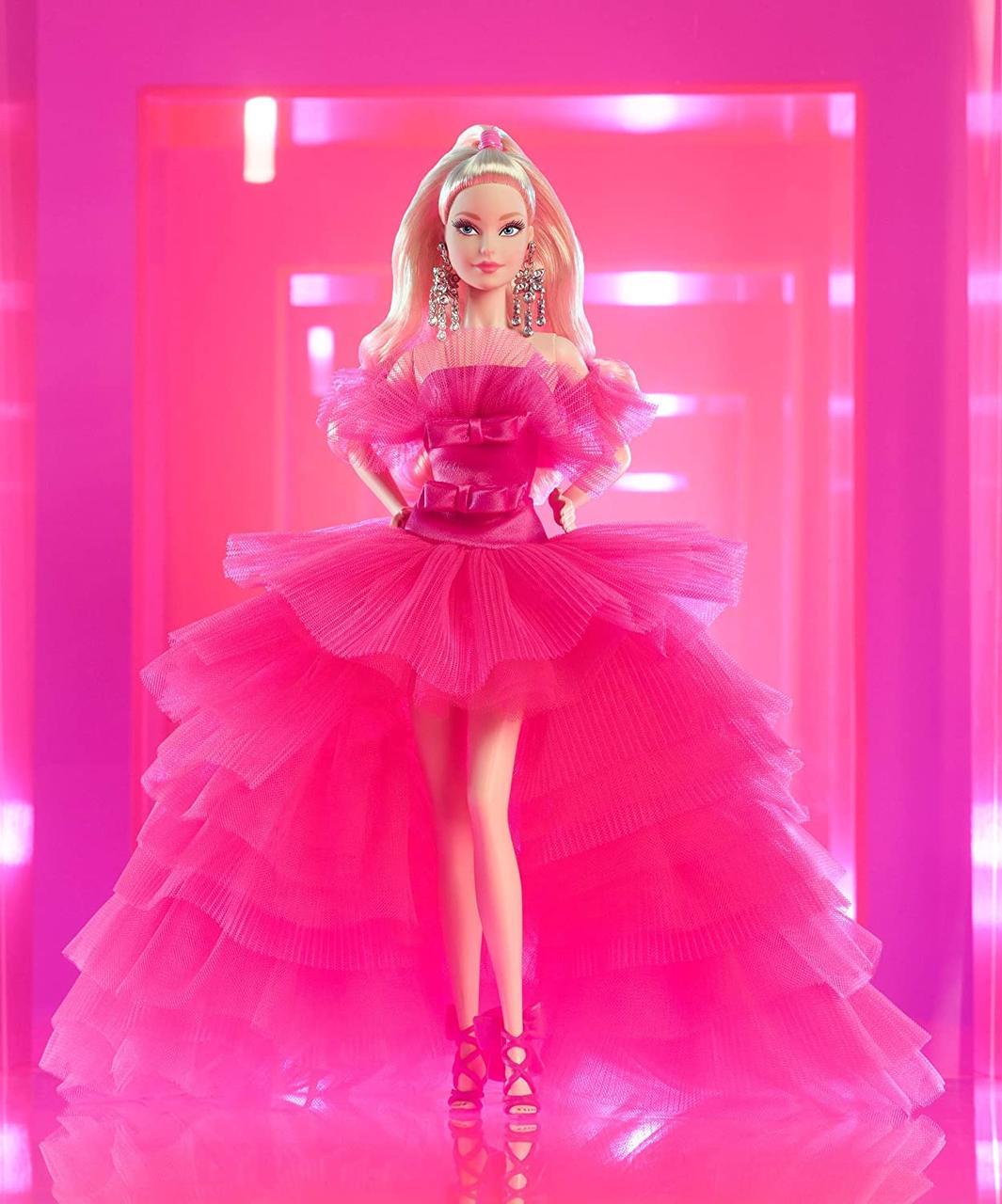 Коллекционная кукла Barbie Signature Розовая коллекция GTJ76