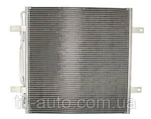 Радиатор кондиционера Мерседес Атего ( NRF ) 35781