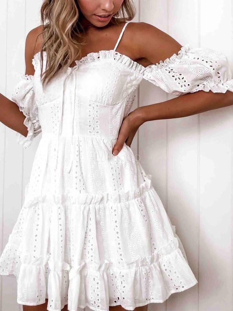 Біле літнє ажурне плаття з відкритими плечима