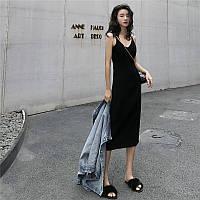 Приталене літнє плаття міді з розрізом ззаду