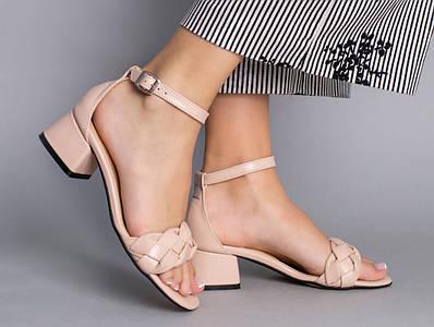Босоножки женские кожаные бежевые с плетением, на каблуке