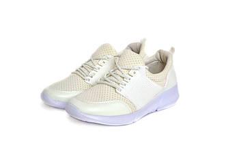 Кросівки жіночі Yes mile white 39