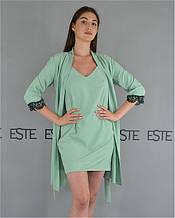 Комплект домашньої жіночого одягу халат і пеньюар.
