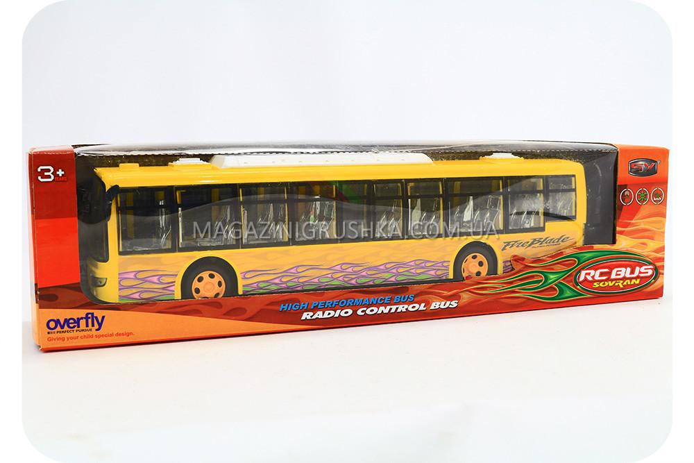 Автобус на радиоуправлении 666-175-B