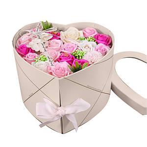 Подарочная коробка с цветами из мыла Lesko L-4645 Pink в форме сердца
