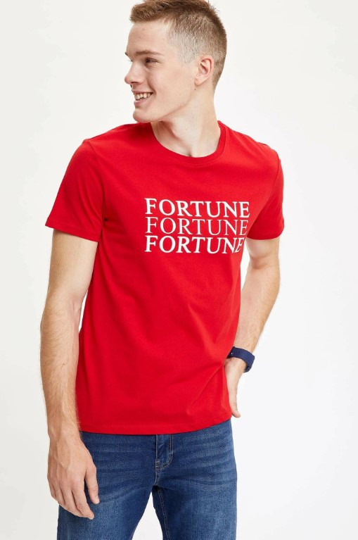 Червона чоловіча футболка Defacto/Дефакто з принтом Fortune