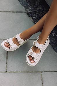 Жіночі Босоніжки Chanel Sandals Beige Leather