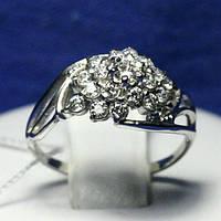Кольцо из родированного серебра с камнями циркония