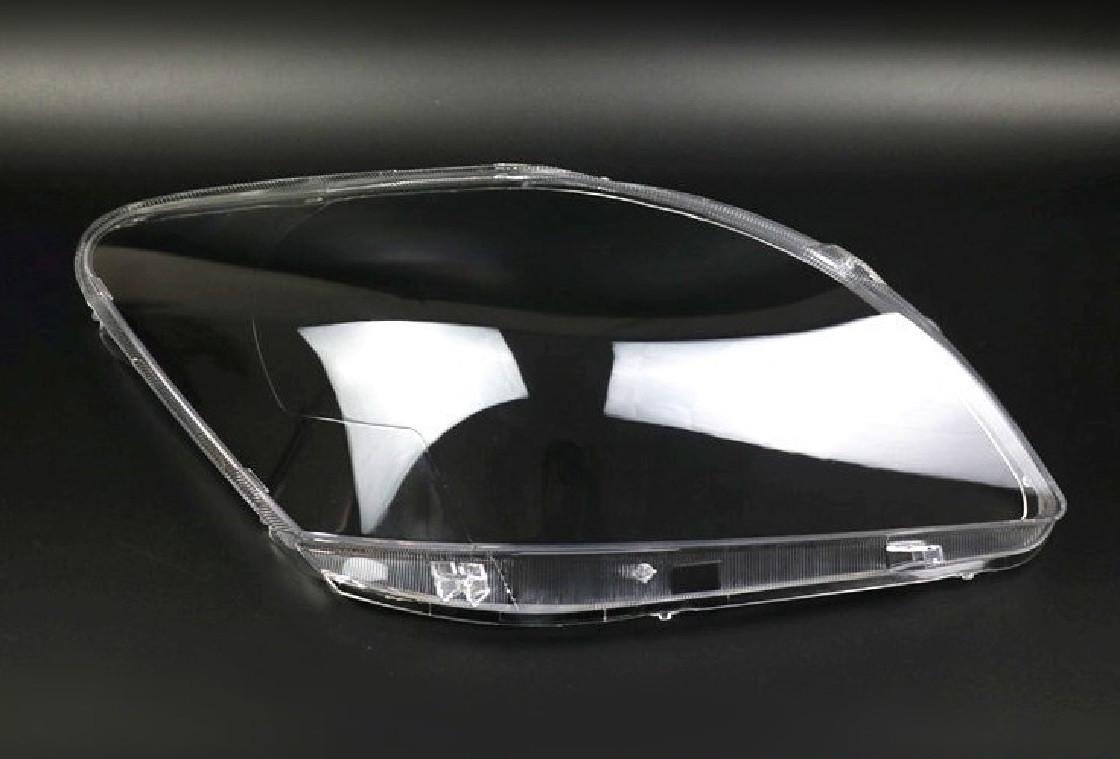 Пластикове скло фари Honda CR-V (RD) 2004-2007 праве (пасажирський)