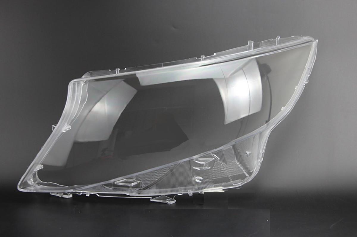 Пластиковое стекло фары Mercedes-Benz V-Class/Vito (W447) 2014-2021 левое (водительское)