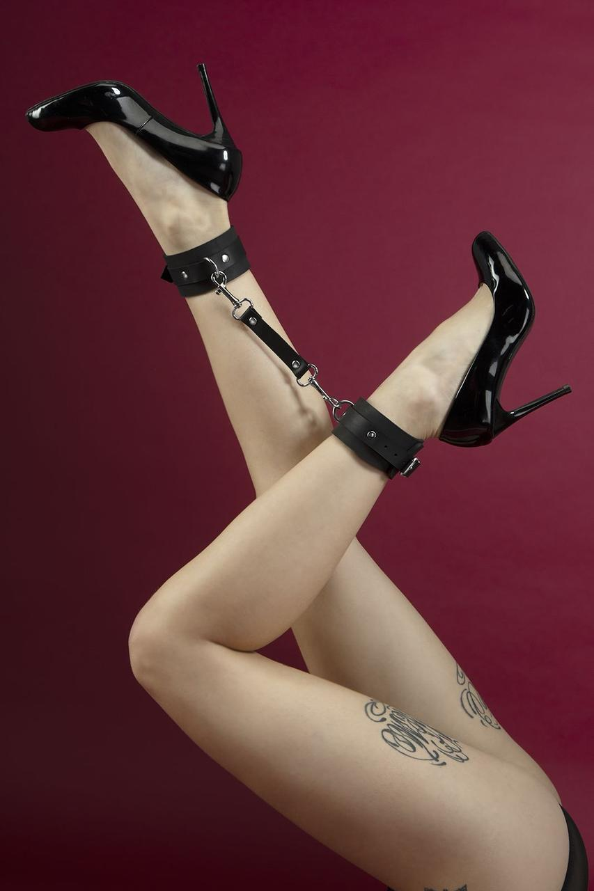 Поножи Feral Feelings - Ankle Restraints, натуральная кожа, черные Bomba💣