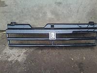 Решетка радиатора ВАЗ 2108 2109 21099 радиаторная длиннокрылка длинное крыло бу